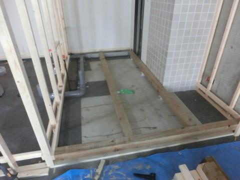 トイレ2ヶ所とミニキッチンの施工